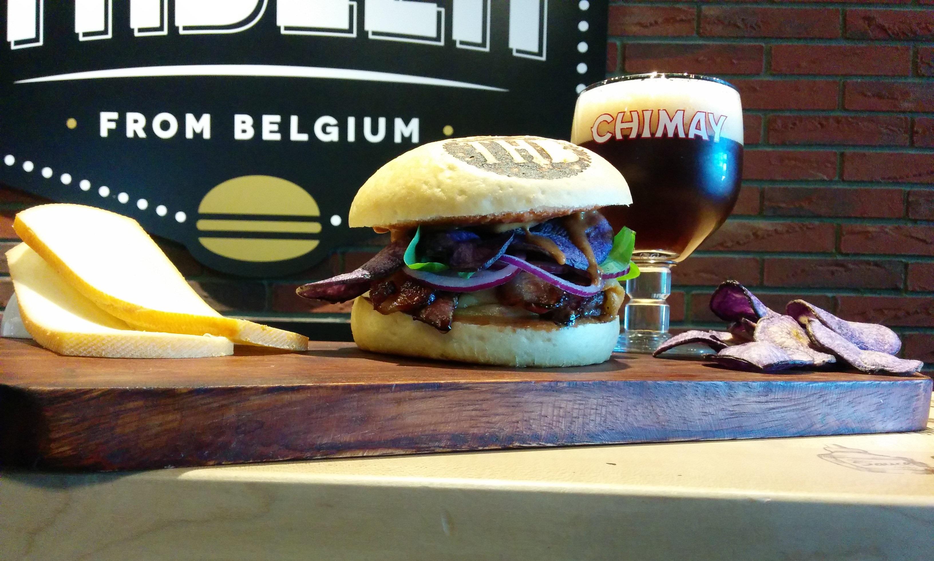Chimay Bleu Burger (3)